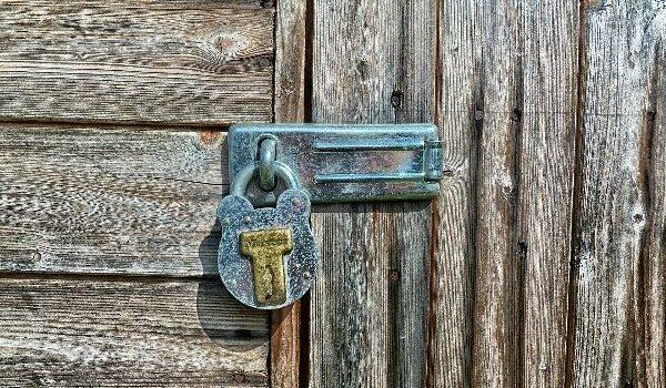 tredo-zamek-dvere-historik-2